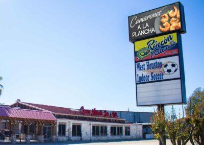 Rincon Vallenato Bar & Grill
